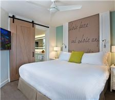 Bedroom - Beach House Suites - Bedroom