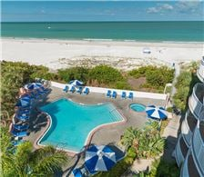 Pool, Jacuzzi & Beach - Beach House Suites - Pool, Jacuzzi & Beach