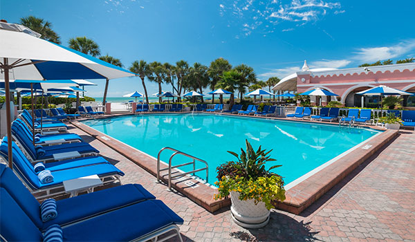Pool & Beach of The Don CeSar, Florida
