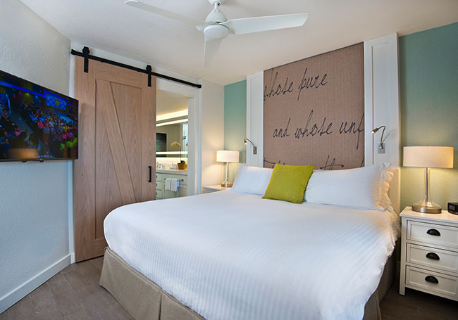 Beach House Suites offering Deluxe King Suite