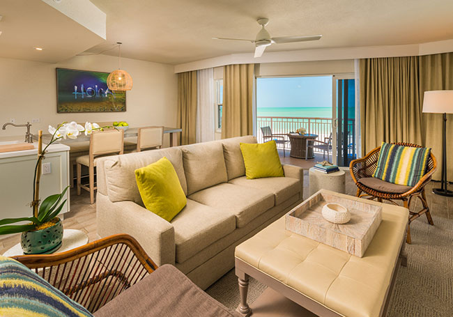 Grand Kind Suite at Beach House Suites