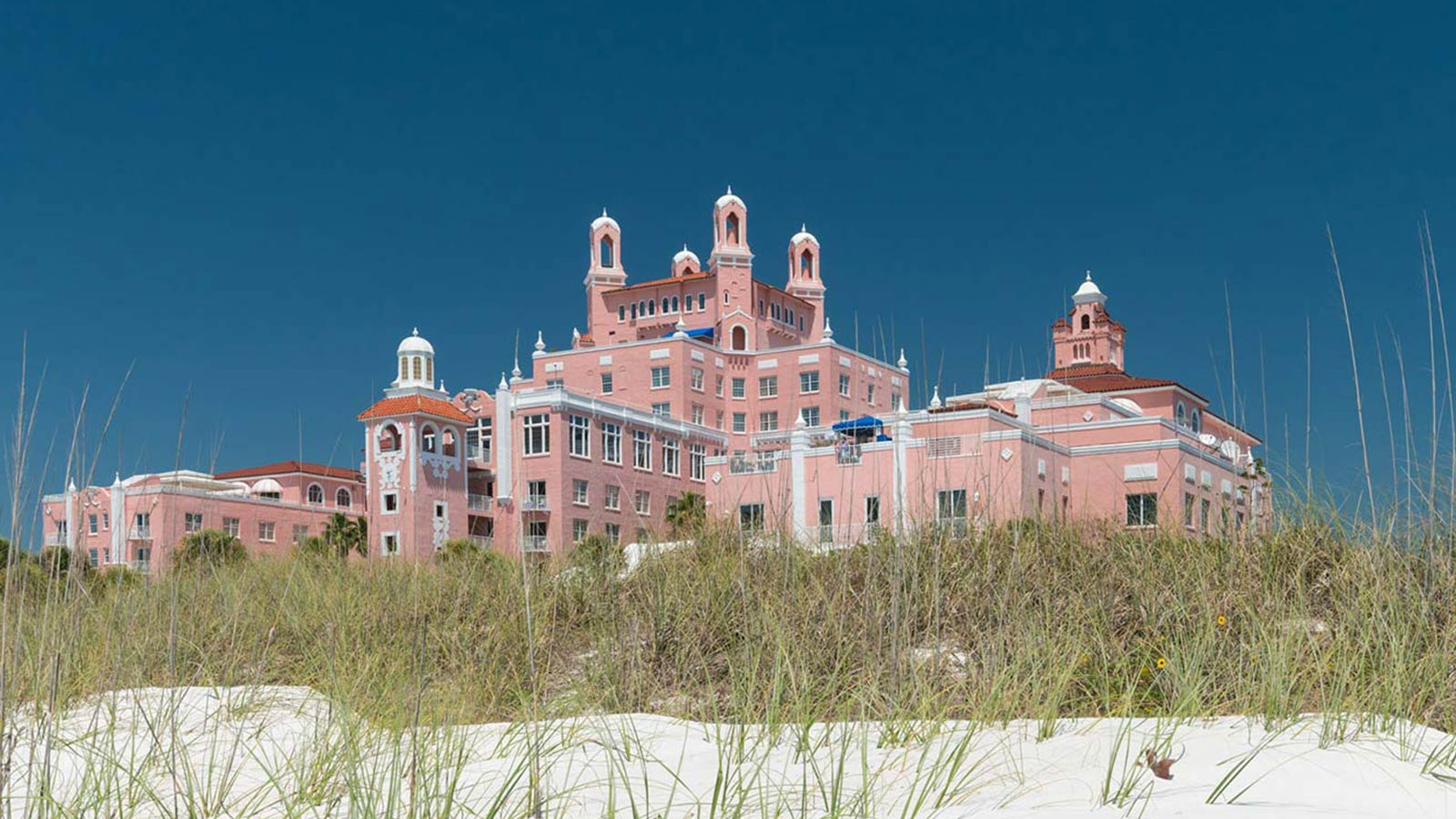 Elegant Luxury Hotel In St Pete Beach Fl The Don Cesar
