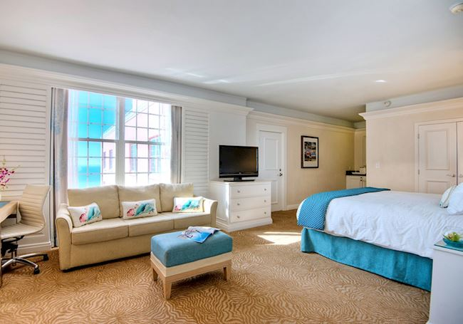 Luxury King Junior Suite at the Don Cesar Hotel